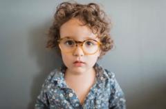 小孩子如何看出有没有斜视?