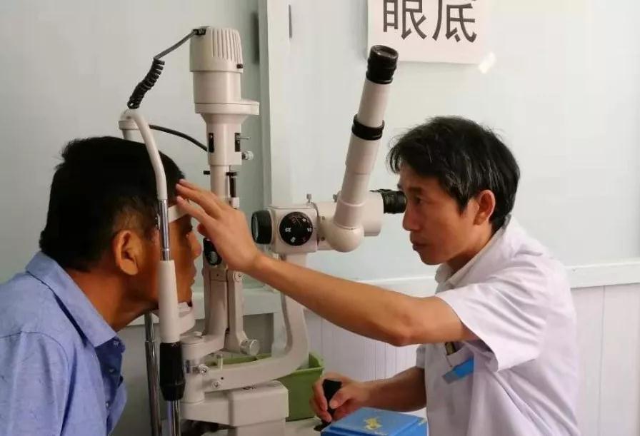衡水同瑞眼科医院席建松主任为您解读糖尿病视网膜病变,关注眼底健康